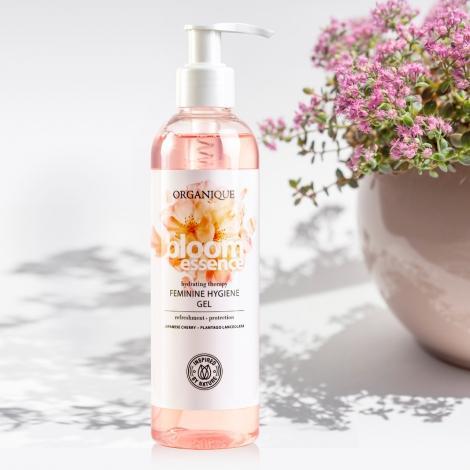 bloom-essence-intim-tusfurdo-gel-250-ml-2
